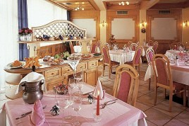 hall - Val di Fiemme- Hotel Italia